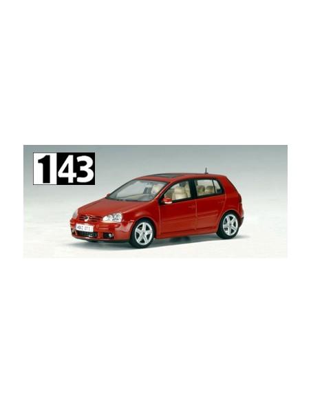 AutoArt Volkswagen Golf 2003 Rojo Metalico