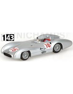 Minichamps Mercedes Benz W 196 J. M. Fangio W. Italian GP 1954